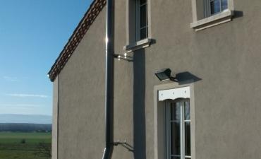 conduit en façade sur toit plat1